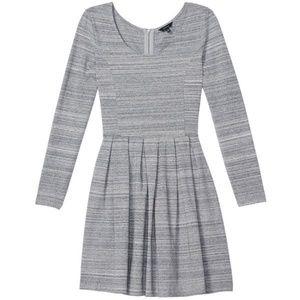 Aritzia Talula Lambeth Long Sleeve Dress HOST PICK